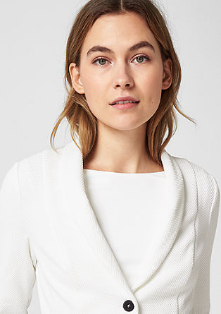 Kratek suknjič s teksturo