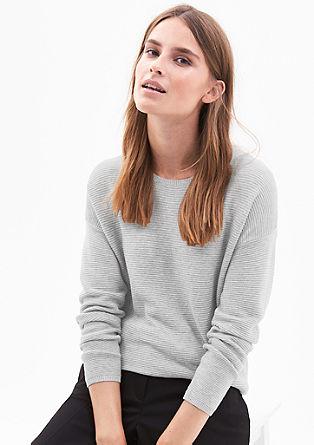 Rebrast pleten pulover