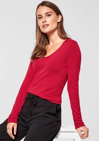 Klassischer V-Neck-Pullover