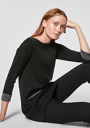 Long-Pullover mit Kontrasten