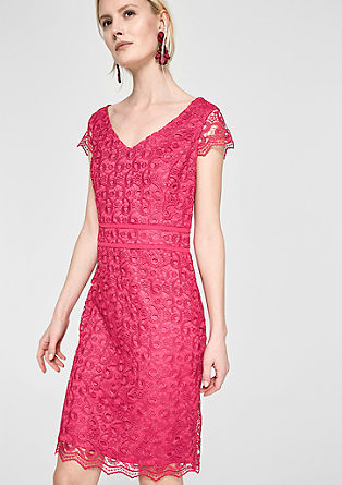 Fitted dress in lace from s.Oliver
