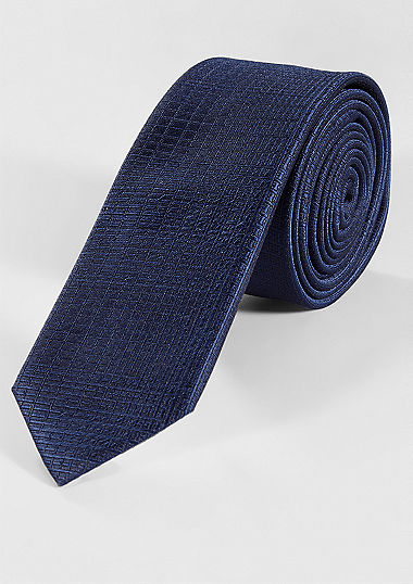 Finely textured twill tie from s.Oliver