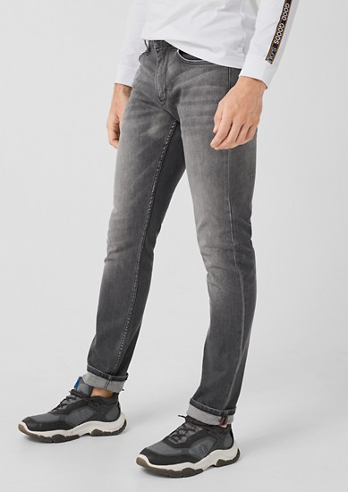 Close Slim: Graue Stretchjeans