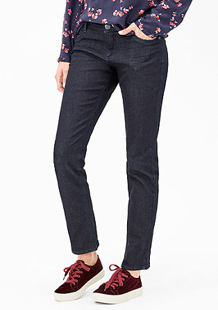 Smart Straight: Dunkle Stretchjeans
