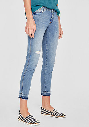 Shape Ankle: jeans with distressed details from s.Oliver