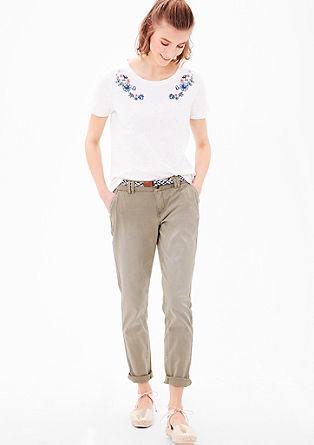 Smart chino: broek met gevlochten riem
