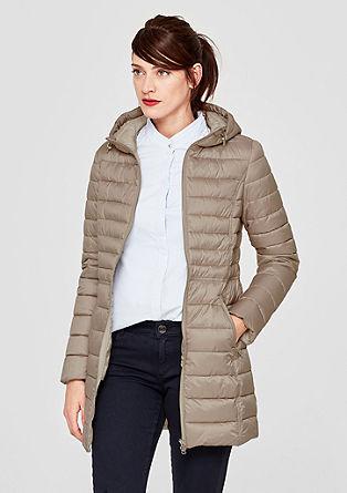 Lehký prošívaný kabát skapucí