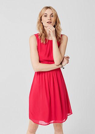 Šifonové šaty s drapováním
