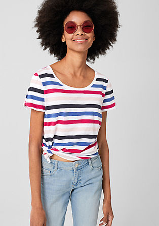 Proužkované tričko sodhalenými rameny