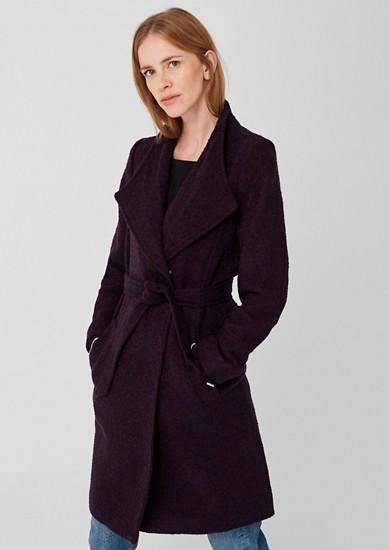 Buklé kabát se vzhledem vlny