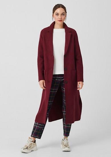 Dlouhý vlněný kabát
