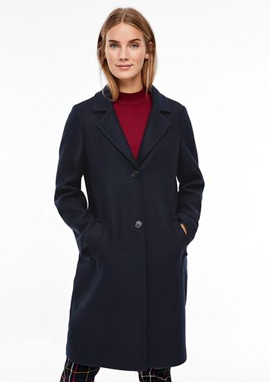 Klassieke mantel met een wollige look