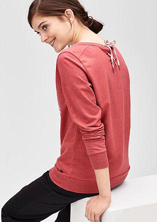 Pulli mit Zier-Kordel am Rücken