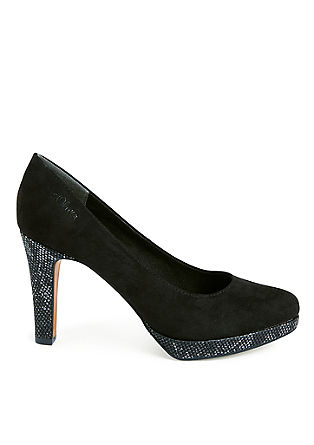 Pumps mit Metallic-Effekten