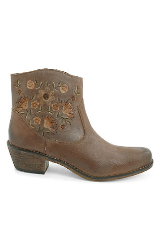 Stiefel in Western-Optik