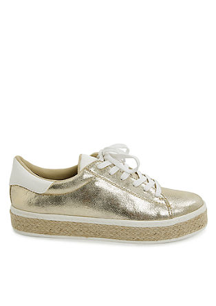 Metallic-Sneaker im Materialmix