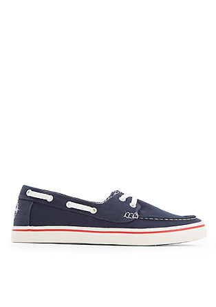Jadralni čevlji iz lahkega tekstila
