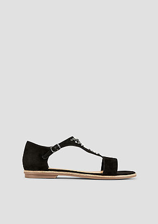 Okrašeni sandali iz velurnega usnja