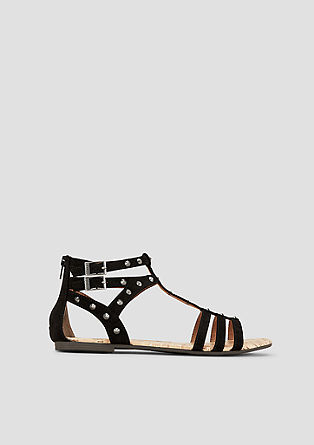 Sandali s kovicami