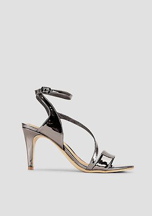 Sandalete kovinske barve s paščki