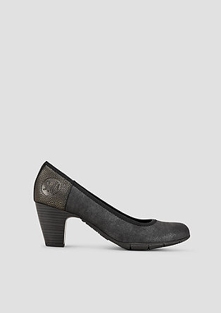 Pumps met metallic detail