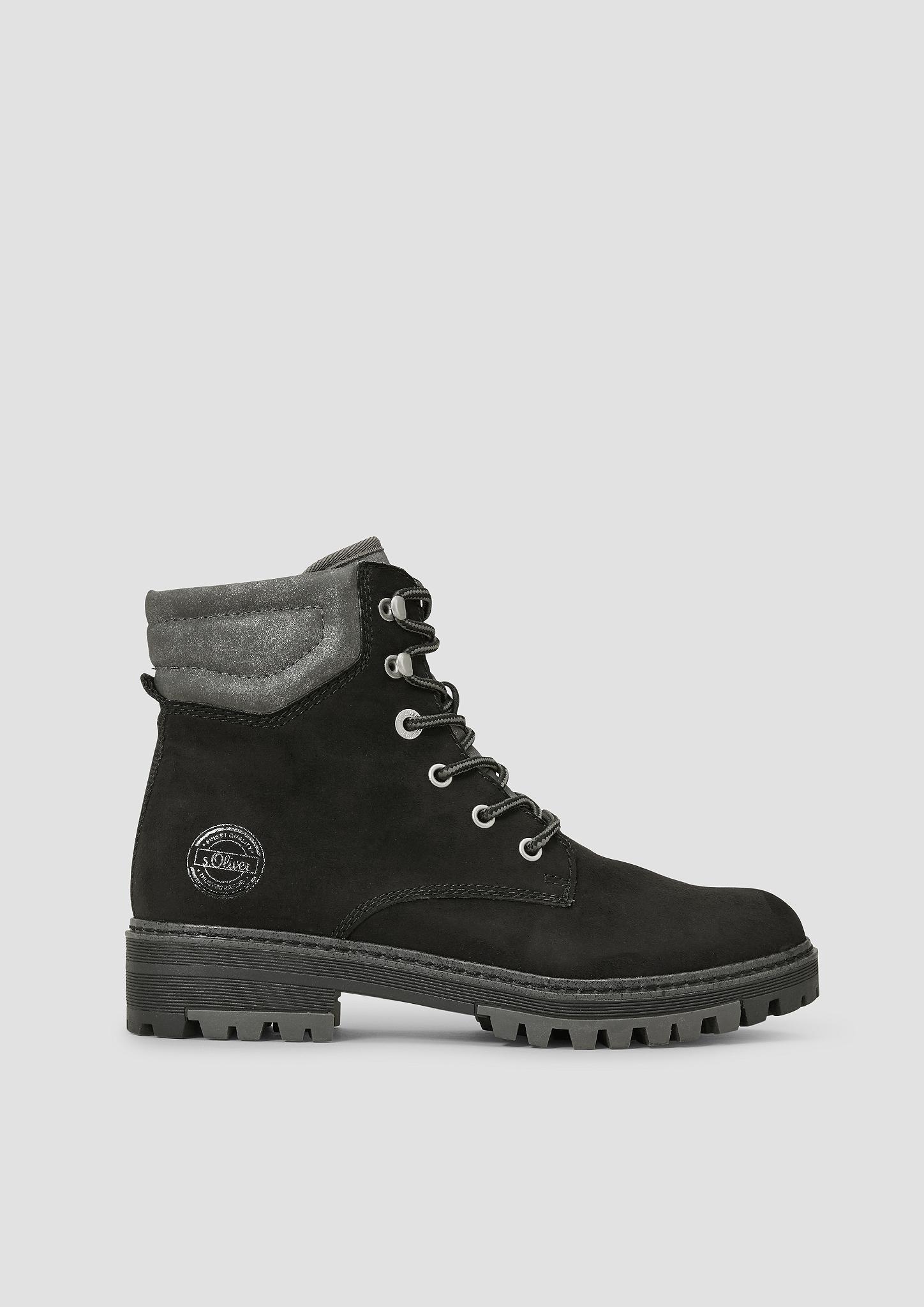 Schnürstiefel   Schuhe > Stiefel > Schnürstiefel   Weiß   Obermaterial und futter aus textil und synthetik -  decksohle aus textil -  laufsohle aus synthetik   s.Oliver