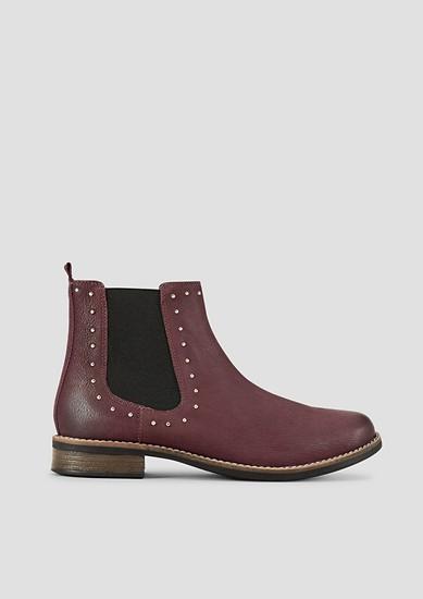 Chelsea-Boots mit Ziernieten