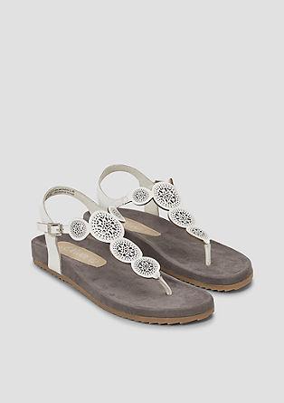 Usnjeni sandali s paščkom med prsti