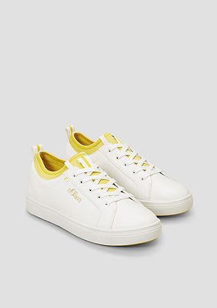 Športni čevlji z elastičnim vstavkom