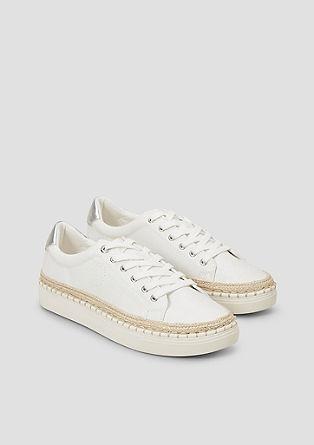 Sneakers met plateauzool