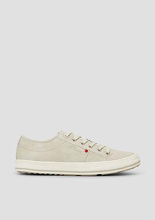 Sneakers van imitatieleer