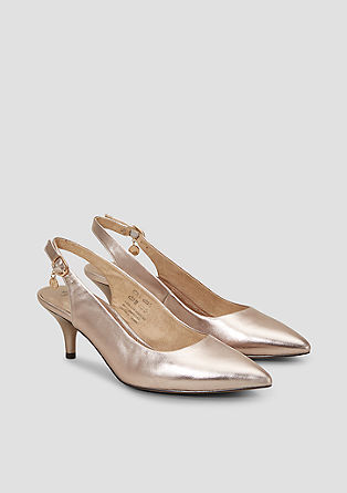 Spitze Sling Pumps in Metallic
