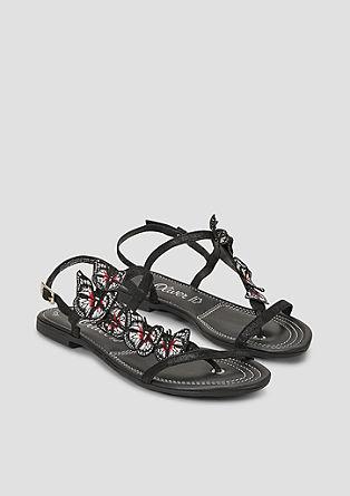 Sandali z aplikacijo metulja