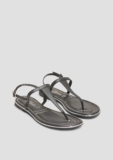 Zehentrenner-Sandalen mit Metallic