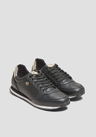 Chaussures en cuir ornées d'éléments en métal de s.Oliver