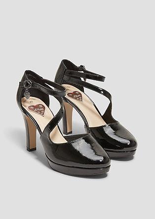 Sandalete z visoko peto