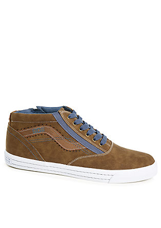 High top sneakers met veters