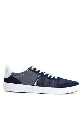 Sneaker im Leder-Mix