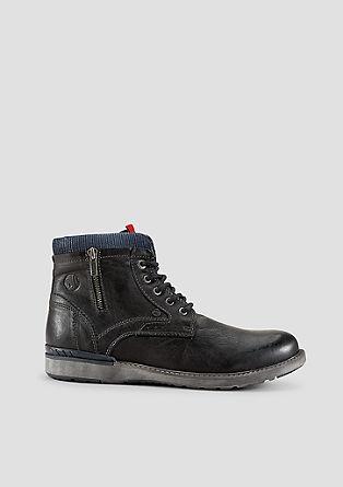 Stiefel aus Glattleder mit Rippblende