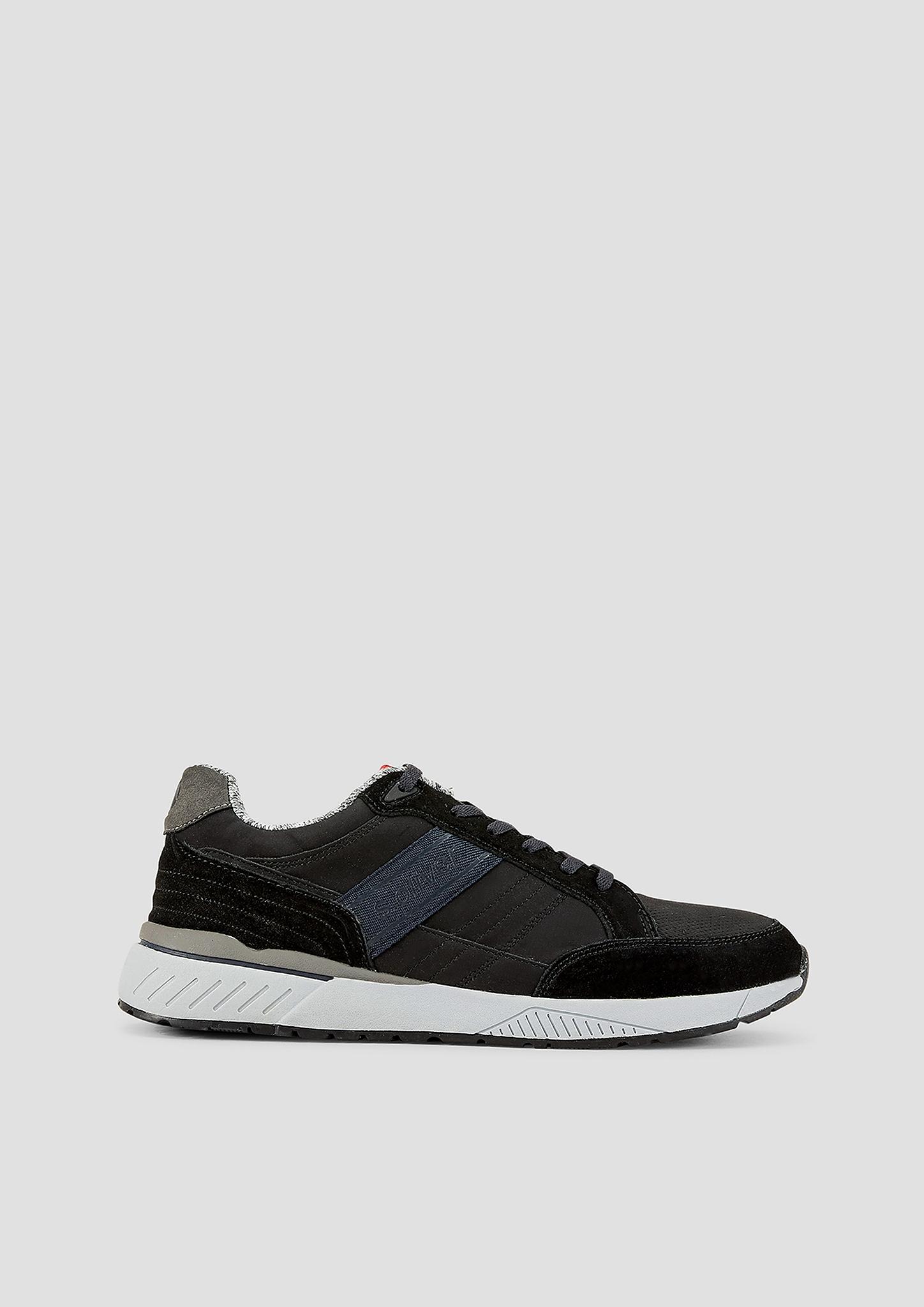 Sneaker | Schuhe > Sneaker > Sneaker low | Schwarz | Obermaterial aus leder und synthetik| decksohle aus textil| laufsohle aus synthetik | s.Oliver