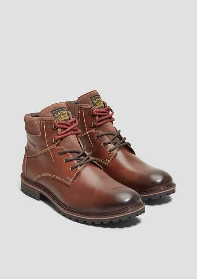 Leren boots met gestructureerd effect