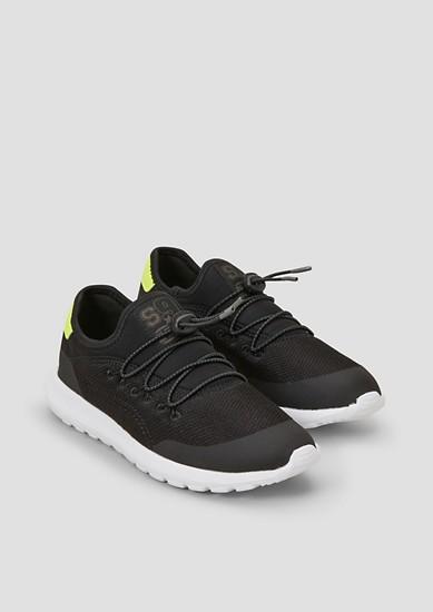 Luchtige gebreide sneakers