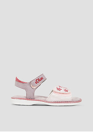 Sandalen mit Sternchen