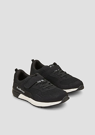 Casual sneakers met contrast