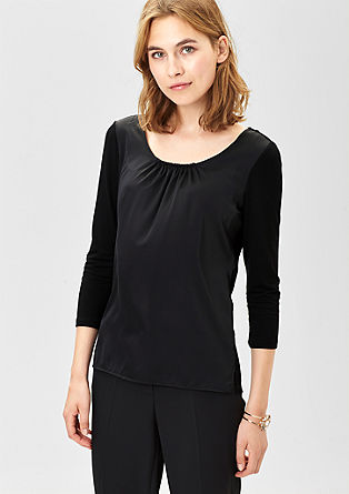 Top with a satin front and 3/4-length sleeves from s.Oliver