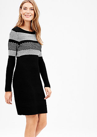 Knitted dress in black and white from s.Oliver