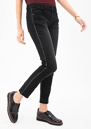Sienna Slim: jeans with tuxedo stripes from s.Oliver