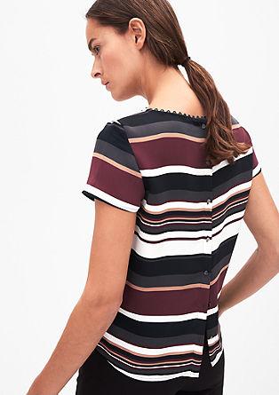 Feminine Bluse mit Bogenkante