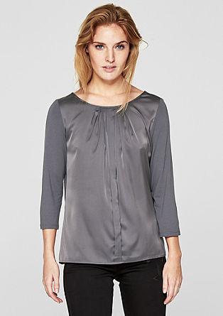 Elegantes Blusenshirt im Materialmix