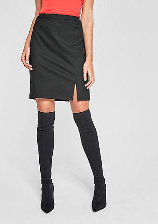Krátká pouzdrová sukně se strukturou piké